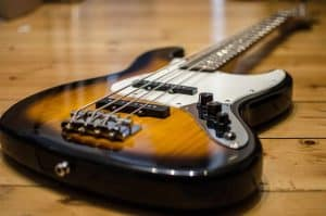 Types of Bass Guitars_2